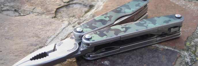 Leatherman Juice KF4 - Australian Camo Scales